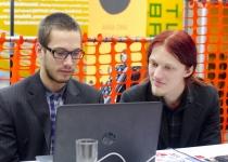Crystalspace meeskond lihvimas oma esitlust Prototroni TOP20 mentorp_żeva kohtumisel
